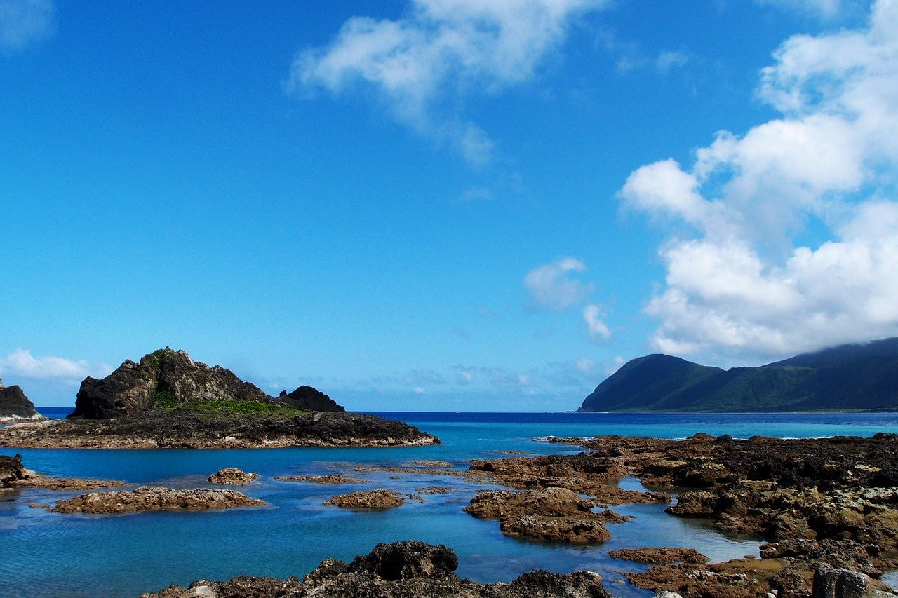蘭嶼旅遊,蘭嶼交通,蘭嶼機票,蘭嶼飛機,蘭嶼船票,蘭嶼潛水,蘭嶼住宿,蘭嶼民宿,蘭嶼自由行,蘭嶼景點,飛魚祭,拼板舟