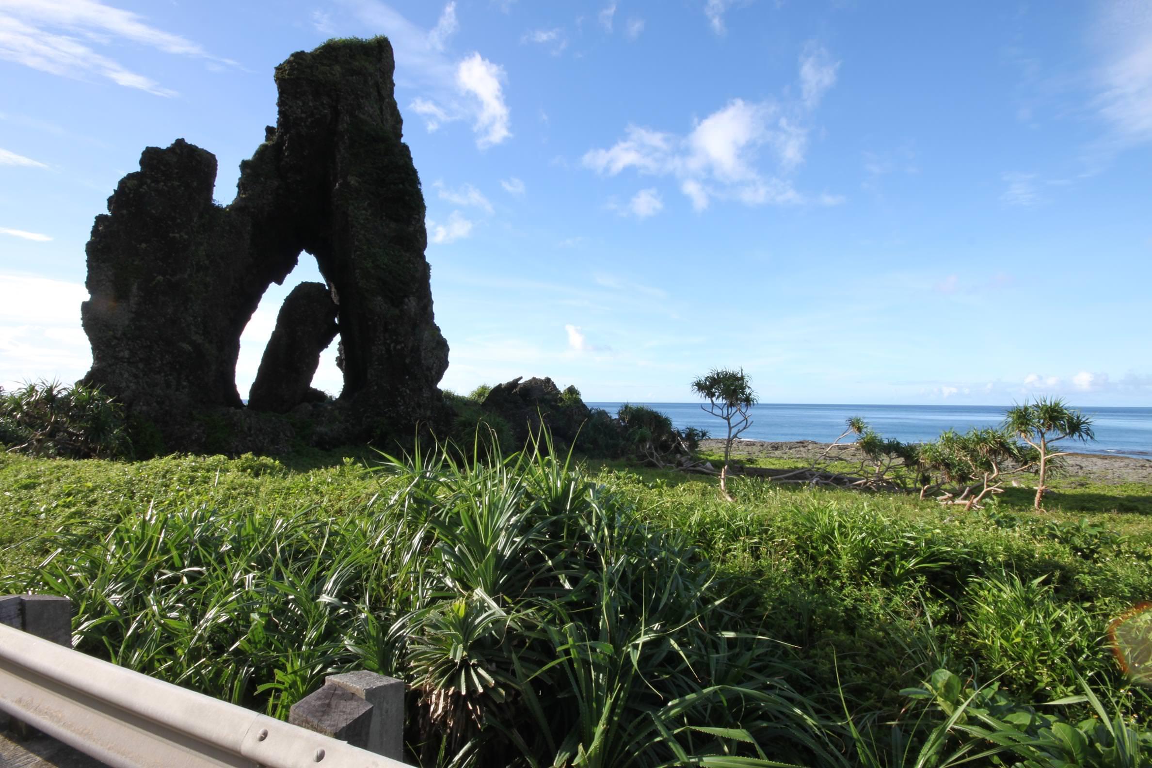 玉女岩,蘭嶼旅遊,蘭嶼潛水,蘭嶼自由行,蘭嶼景點,飛魚祭,拼板舟