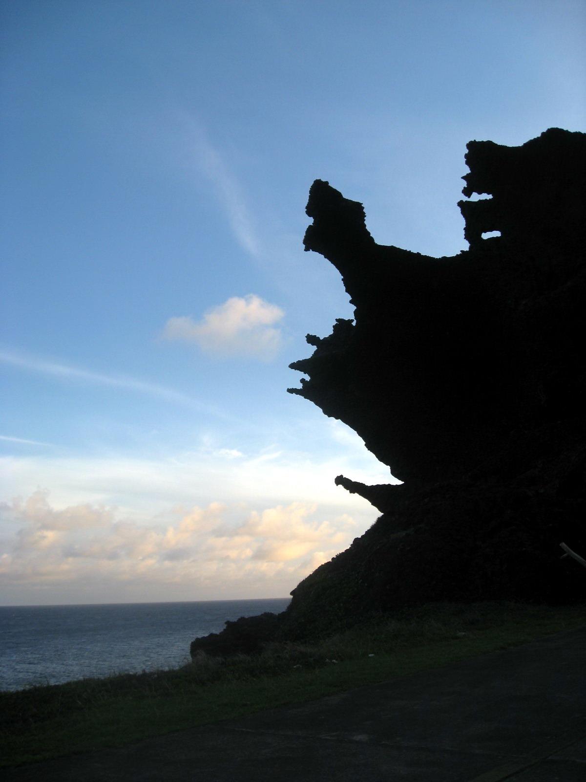 龍頭岩,蘭嶼旅遊,蘭嶼潛水,蘭嶼自由行,蘭嶼景點,飛魚祭,拼板舟