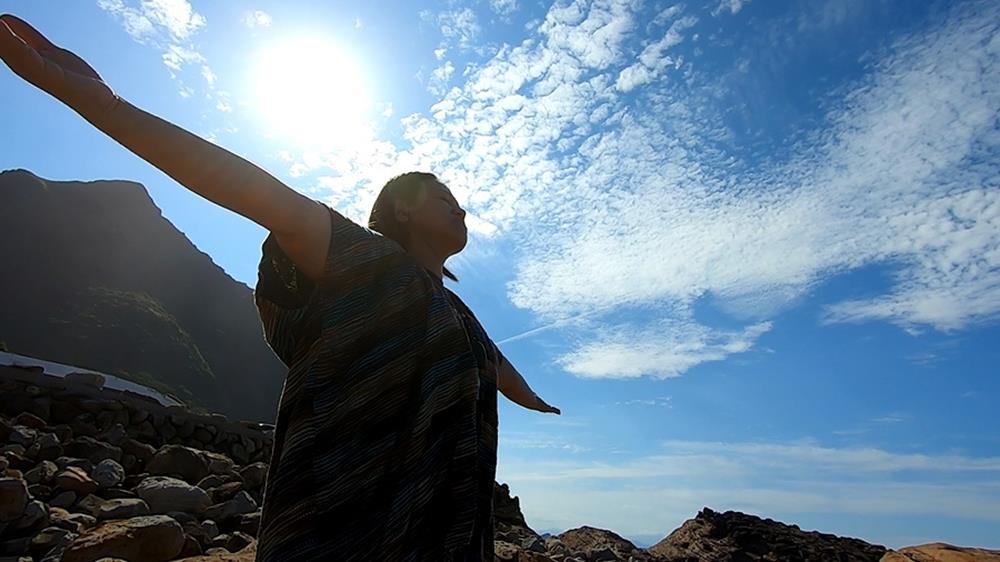 Eva Sukhari,甦珂利光中心,塔羅牌,占卜,SRT,SRT靈性反應治療,SRT風水磁場調整,動物溝通,寵物溝通,光,靜心,冥想,身心靈療癒,臼井靈氣師父