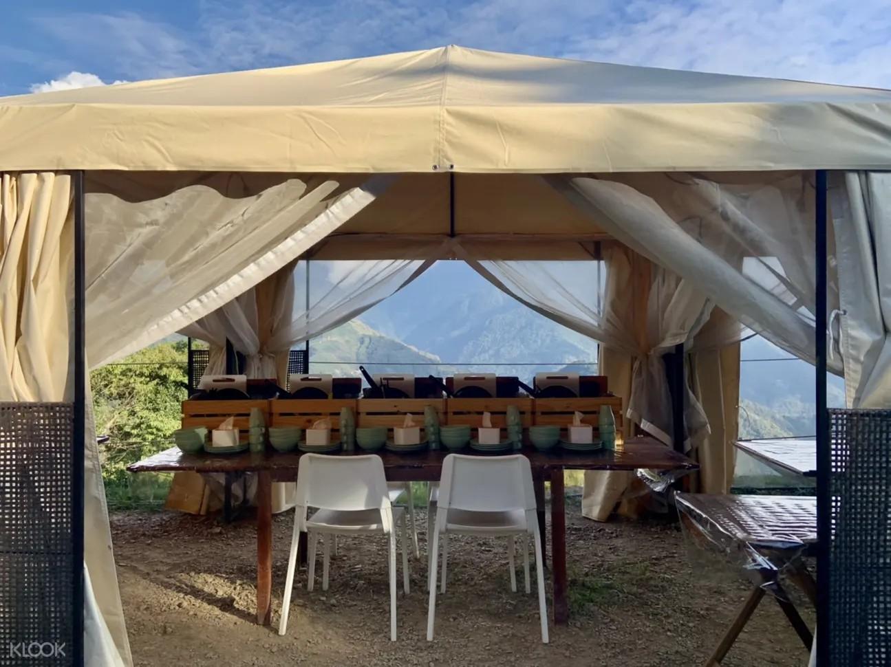 清境農場露營,南投露營推薦,清境免裝備露營,朵娜朵露營區,朵娜朵,免裝備露營,白鐘型帳篷,炊事帳