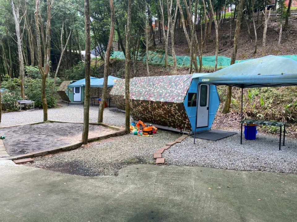 微笑灣休閒農場,宜蘭露營推薦,宜蘭免搭帳露營推薦,宜蘭露營車體驗,微笑灣,蜂窩式體驗屋,星空木屋
