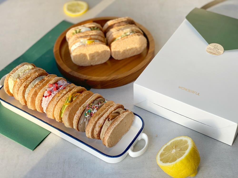 流心達克瓦茲禮盒,,中秋節限定禮盒,中秋節禮盒,中秋節,月餅,KKday,有點秋食物工作室
