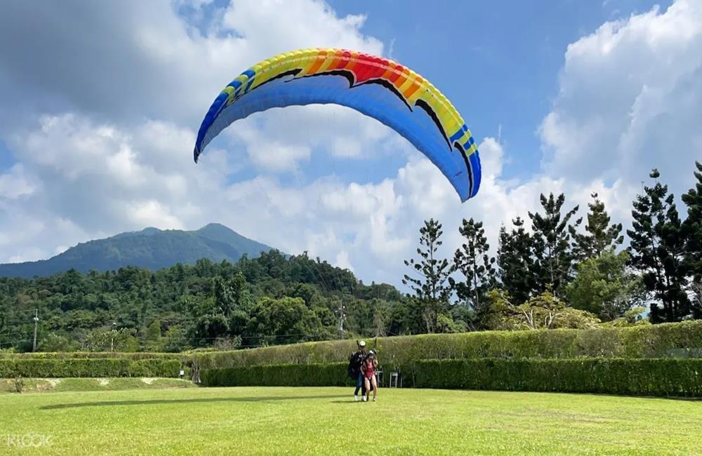 南投露營推薦,HOOD to COAST Taiwan,輕裝上陣,DETOUR,山中極旅·在火焰上跳躍,豪華露營&SUP體驗,南投豪華露營,南投SUP